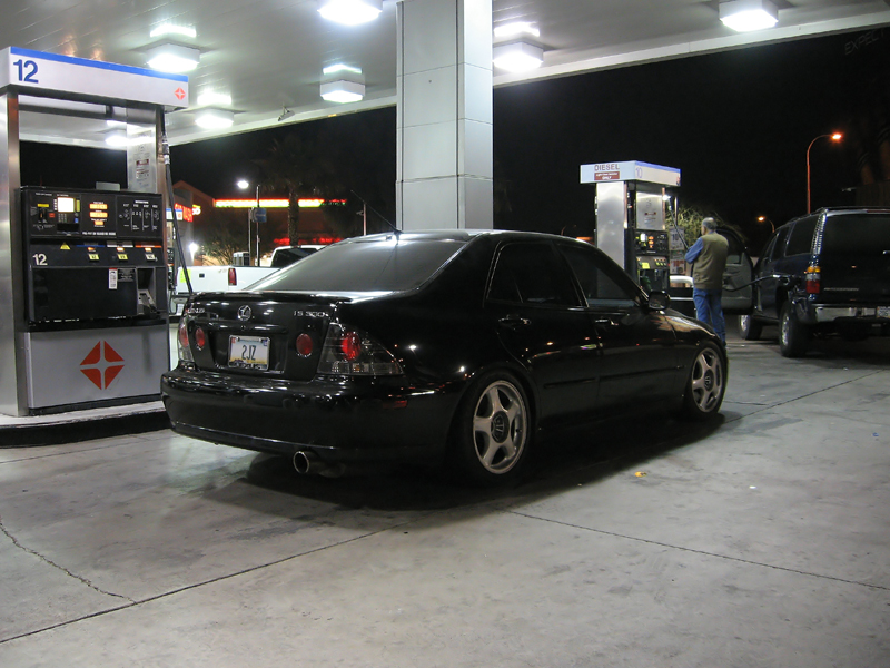 IS300_dec06_gasstation.jpg